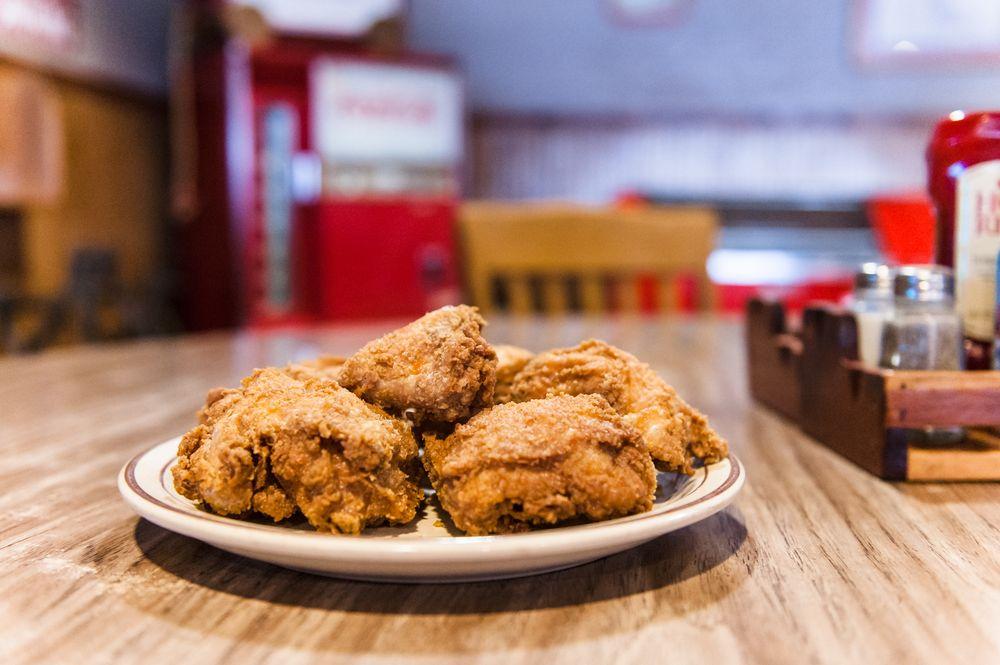 Ole Sawmill Cafe: 2299 N Washington St, Forrest City, AR