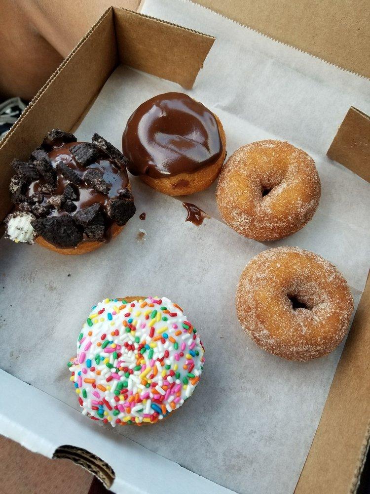 da vinci s donuts 206 photos 140 reviews donuts 5610