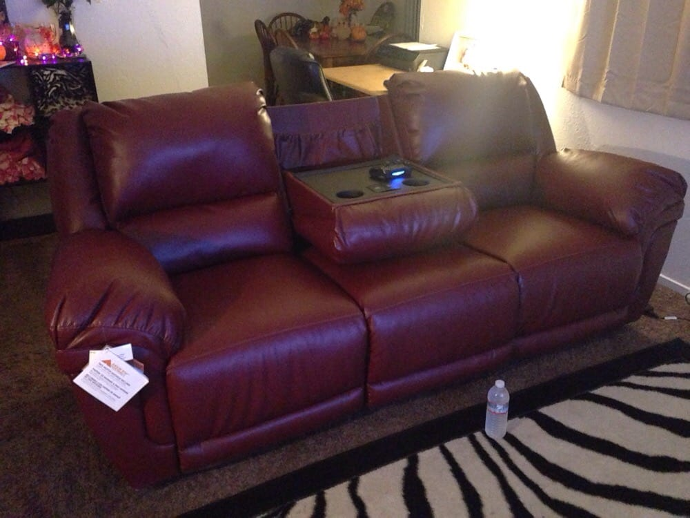 Got This Reclining Leather Sofa That Also Has Built In