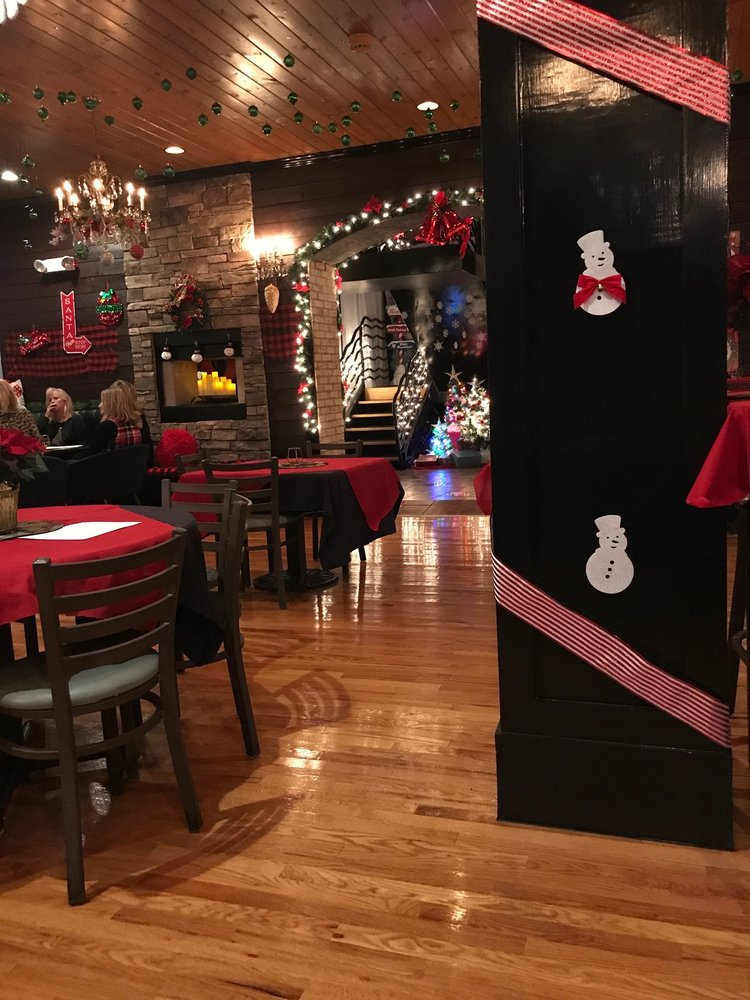 Holiday Spirits - St. Louis Holiday Pop-Up Bar: 1031 Lynch St, St. Louis, MO