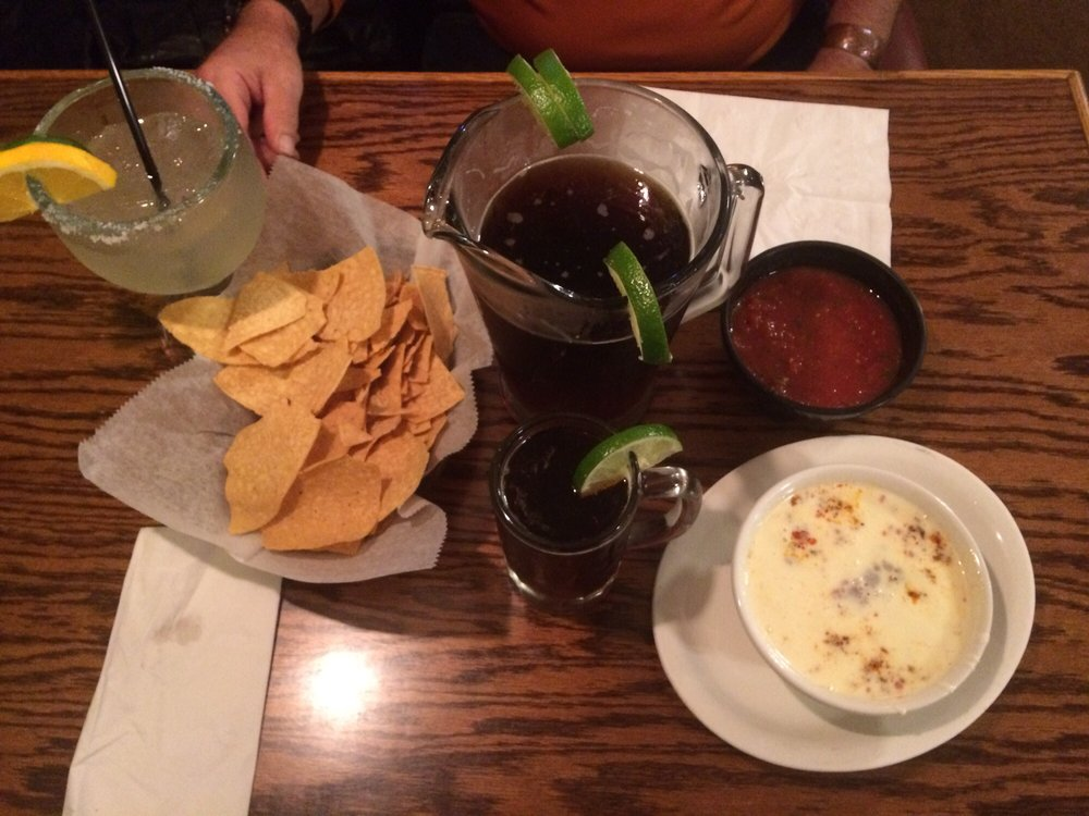Los Compadres: 4700 West Ave, Ashtabula, OH
