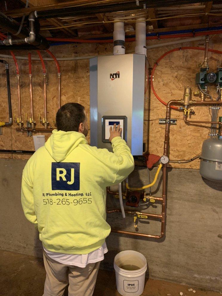 RJ Plumbing and Heating: Peru, NY