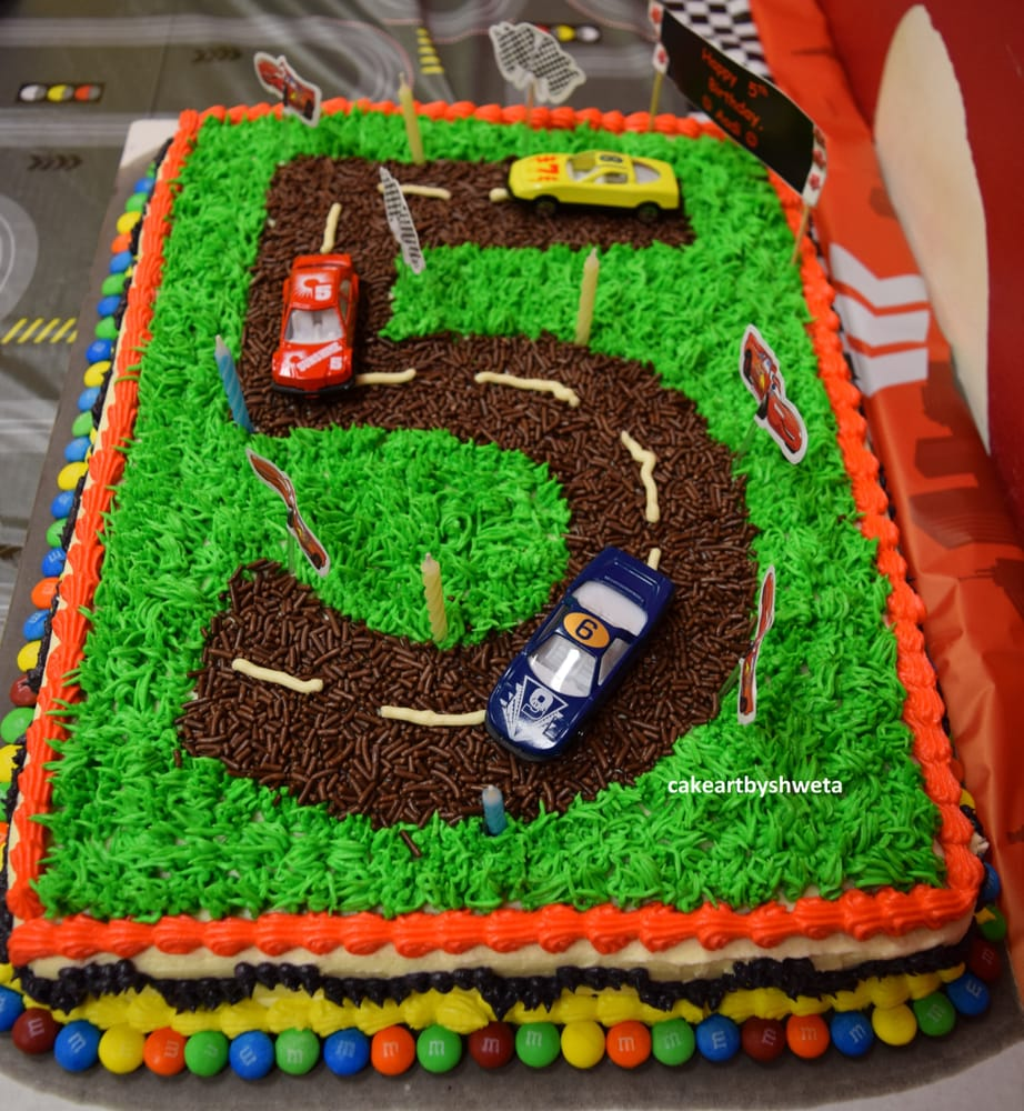 Cake Art Netherlands : Car Racing theme cake for 5th Birthday Eggless Dutch ...