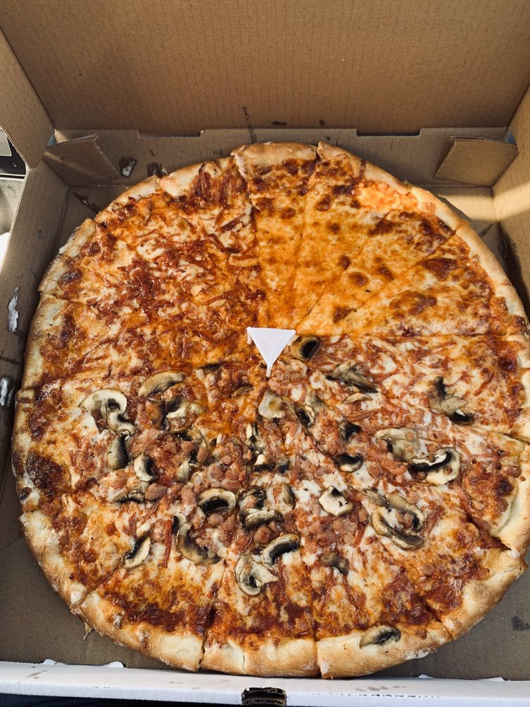 Amloz Pizza & More: 1154 Lesperance Road, Windsor, ON