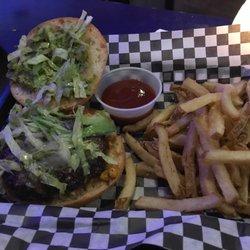 Wedgehead 14 Photos 20 Reviews Burgers 3728 Ne Sandy Blvd