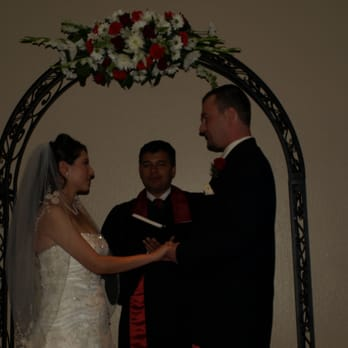 how to become a wedding officiant in united states