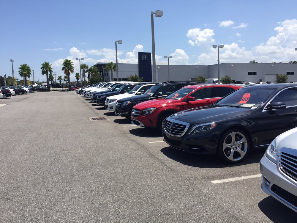 Rows of cars yelp for Mercedes benz daytona beach