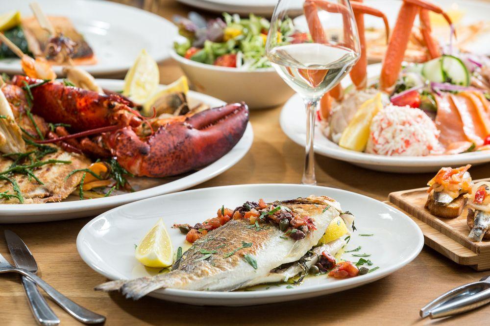 The Seafood Bar: Ferdinand Bolstraat 32, Amsterdam, NH