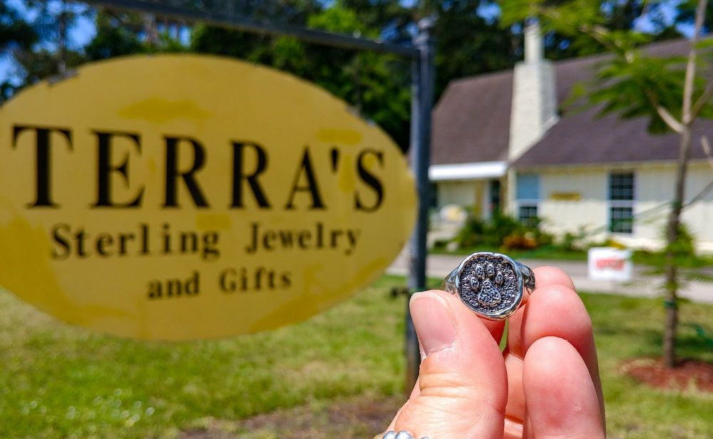 Terra S 32 Photos Jewelry 714 43rd St W Bradenton Fl Phone Number Yelp