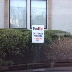 photo of fedex ship center garden city ny united states - Fedex Garden City
