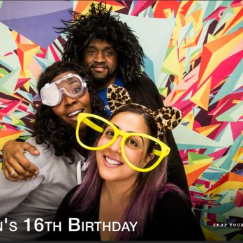Snap yourself photo booth 47 photos 39 reviews photo booth photo of snap yourself photo booth oakland ca united states the adults solutioingenieria Choice Image