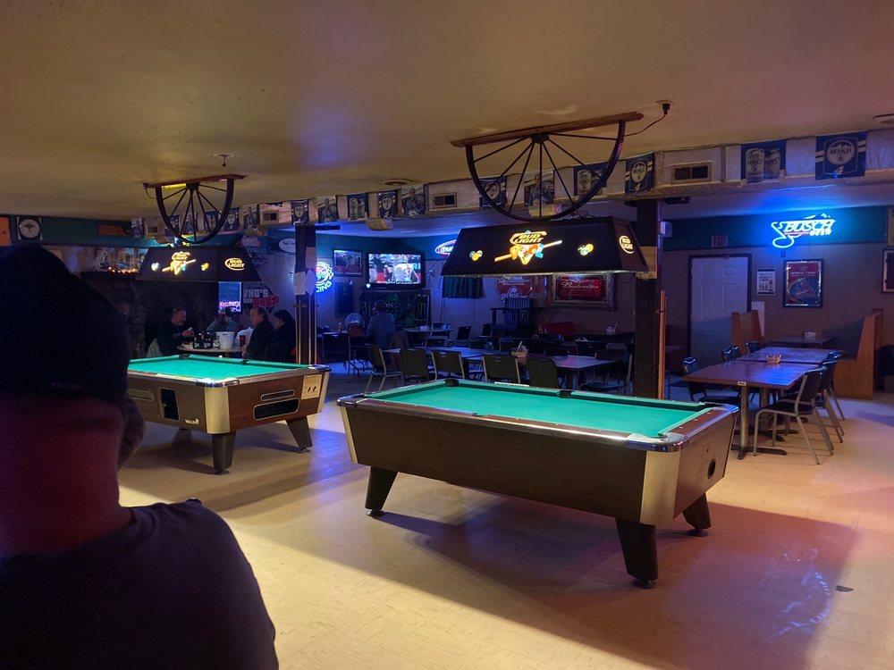 Tooters Saloon & Steak House: 25 Doyle Rd, Eldon, MO