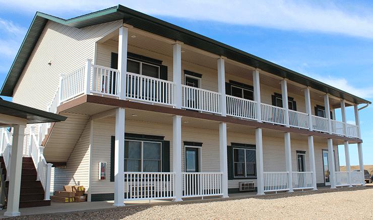 Firesteel Creek Lodge: 13299 N Highway 65, Isabel, SD