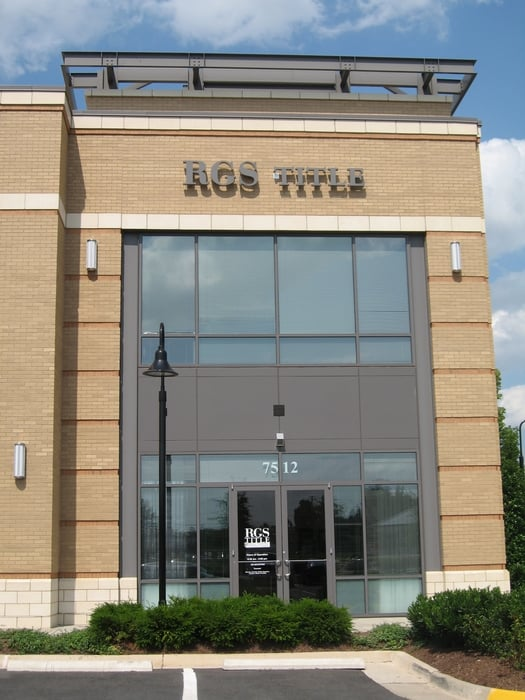 Rgs title services immobiliers 7512 iron bar ln for Fenetre yainville