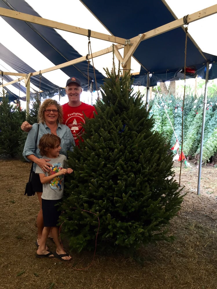Firefighters Christmas Trees 13 Photos Christmas Trees 5501