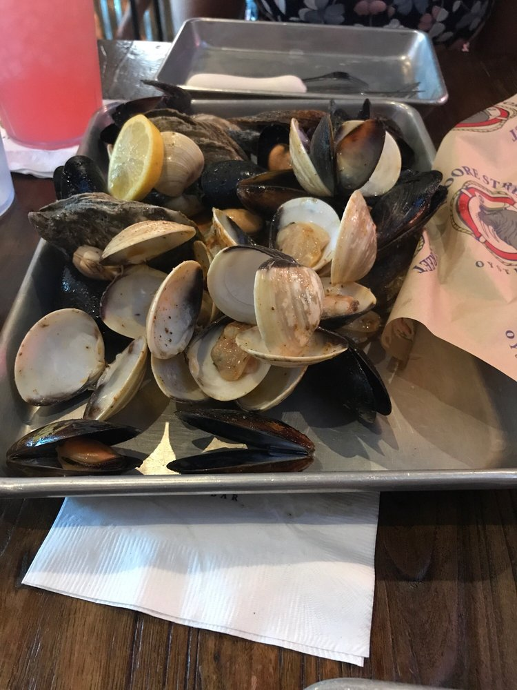 Moore Street Oyster Bar: 110 E Moore St, Southport, NC