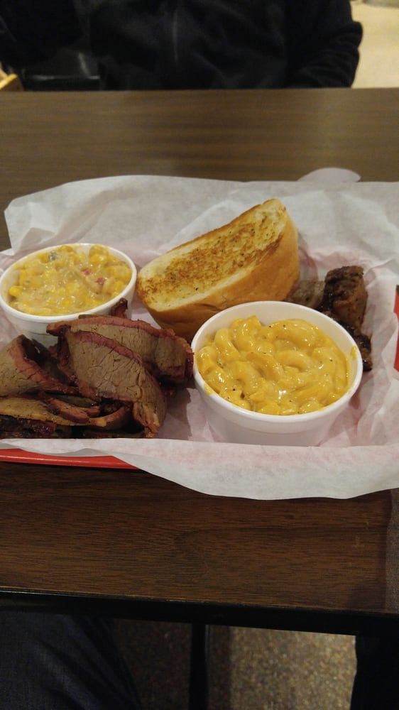 Brisket And Burnt Ends Platter With Mac And Cheese And