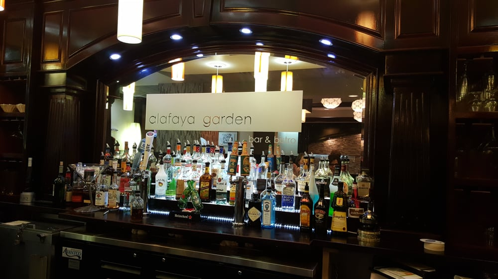 Alafaya Garden Bar & Bistro: 1724 N Alafaya Trl, Orlando, FL