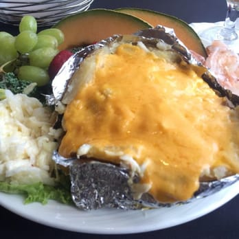 Photo Of The Quarterdeck Seafood Restaurant Portsmouth Va United States Crab Stuffed