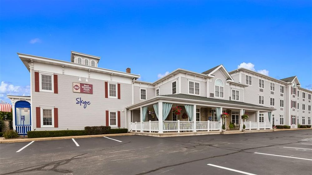 Best Western Plus Lawnfield Inn & Suites: 8434 Mentor Ave, Mentor, OH