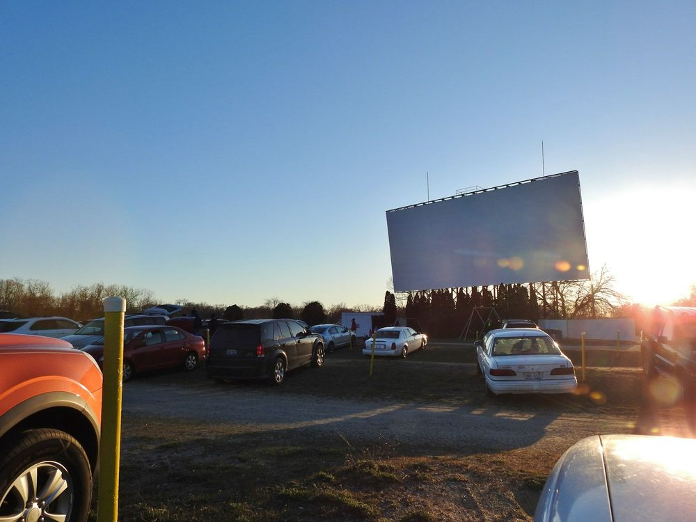 getty drive in theatre 14 photos amp 20 reviews cinema