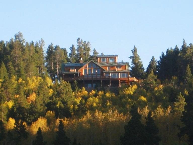 Sunburst Lodge Bed and Breakfast: 2700 Micro Rd, Casper, WY