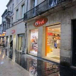 79eca9a7a55285 Neuf - Magasins de chaussures - 270 rue Sainte Catherine, Capucins ...