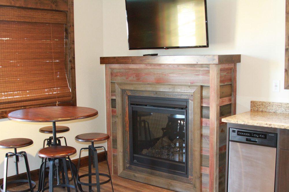Teton Valley Resort: 1208 Highway 31, Victor, ID