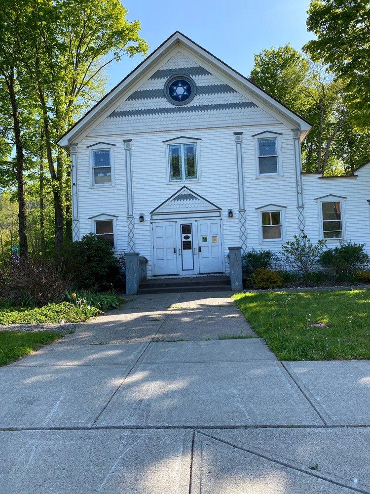 Hunter Synagogue: 7879 Main, Hunter, NY