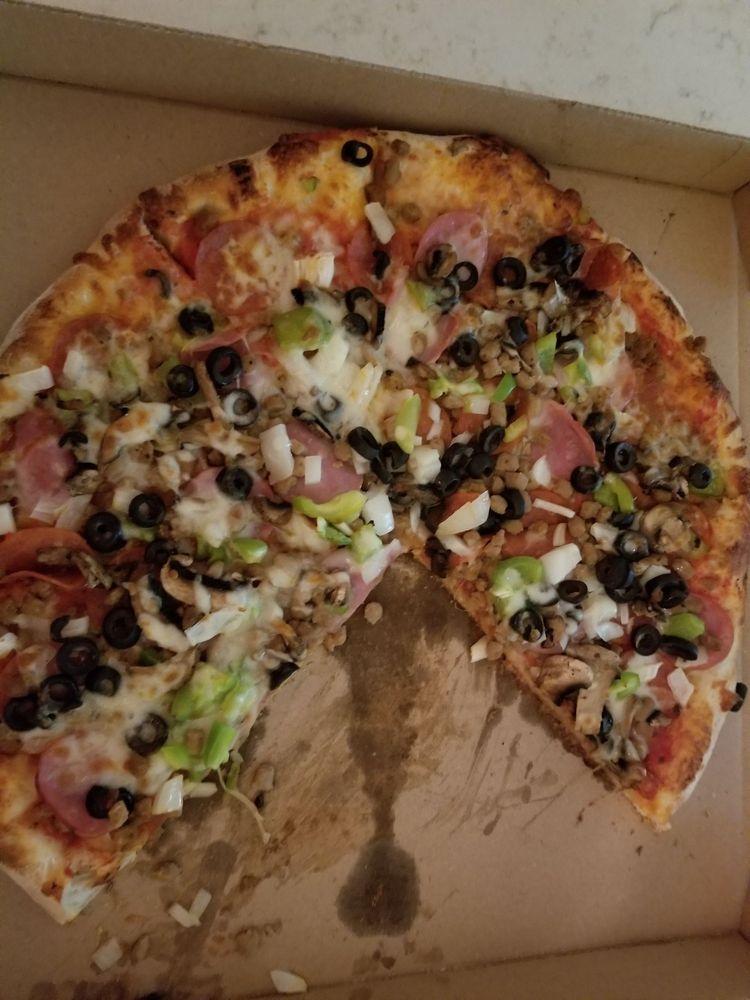 Gzim's Pizza: 715 N Crossroads, Leonard, TX