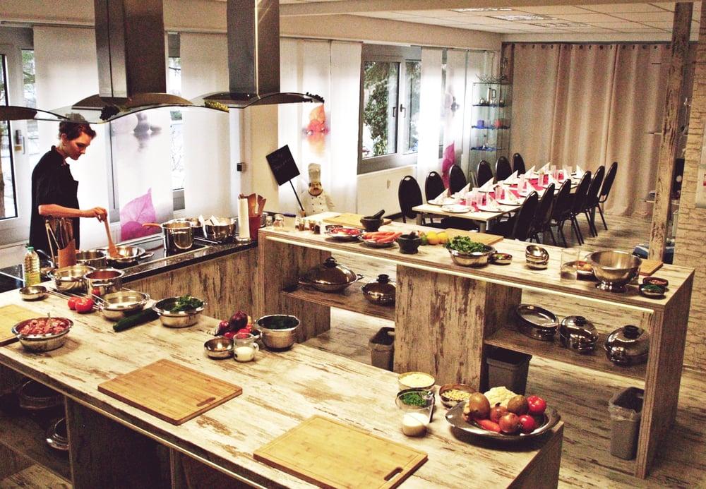 Kochstudio  Kochstudio Darmstadt - 12 Photos - Cooking Schools - Wittichstr. 7 ...