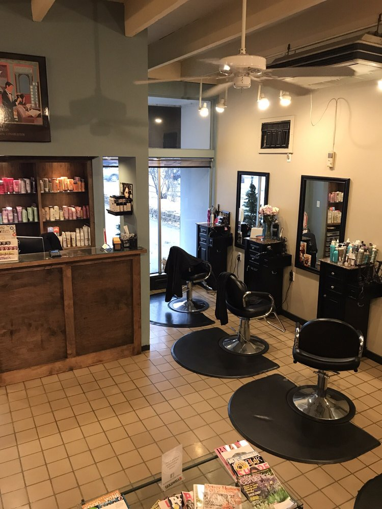 Somerby's Hair Salon: 292 Boston Post Rd, Wayland, MA