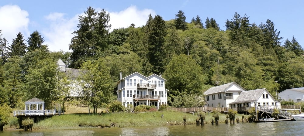 Skamokawa Resort: 1391 W State Rd 4, Skamokawa, WA