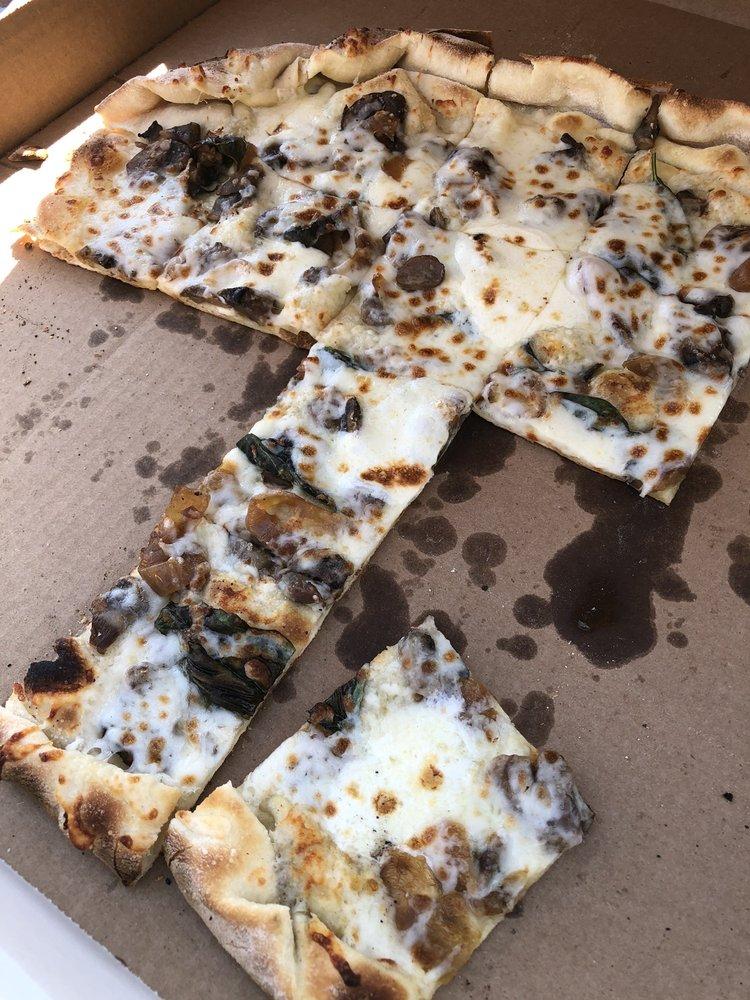 Pleasant Grove Pizza Farm: 41142 160th St, Waseca, MN