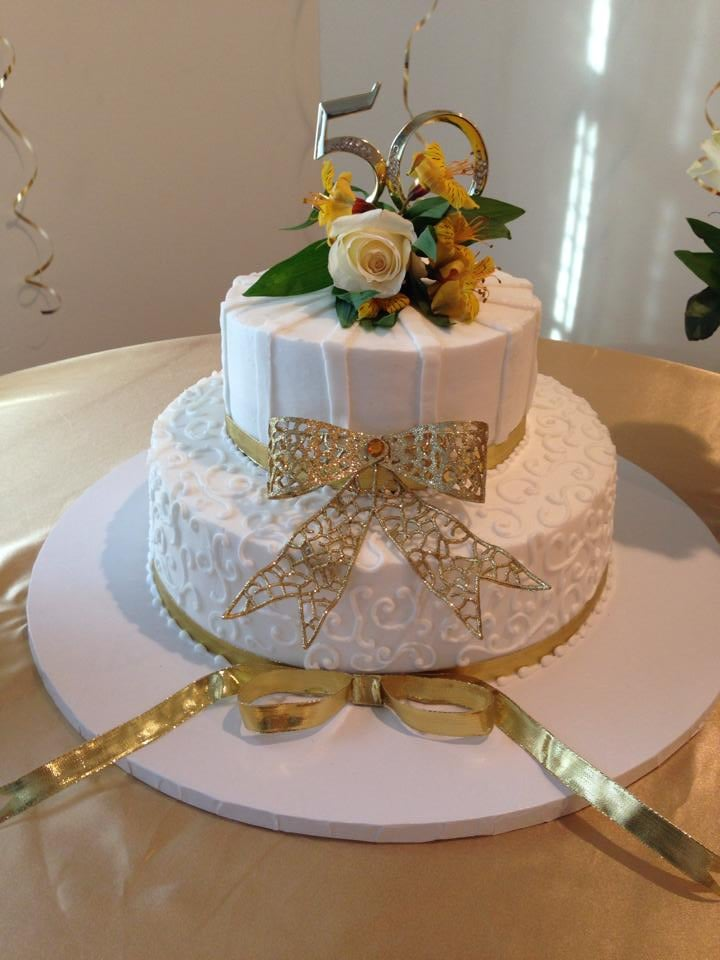 Wedding Anniversary Gift Delivery Singapore : ... PA, United States. 50th Wedding Anniversary cake by DiMarcos Bakery