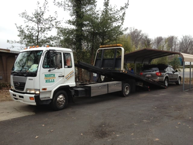 Towing Service: 639 Congaree Rd, Greenville, SC