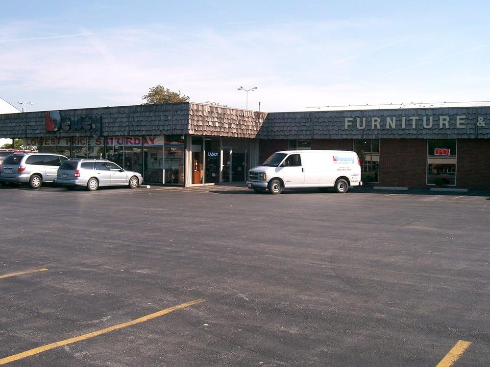 Dewey Furniture & Carpet: 4483 Liberty Ave, Vermilion, OH