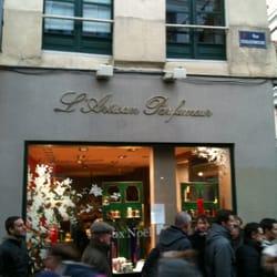 Artisan parfumeur parfumerie 28 rue esquermoise vieux lille lille france num ro de - Magasin meuble lille rue esquermoise ...