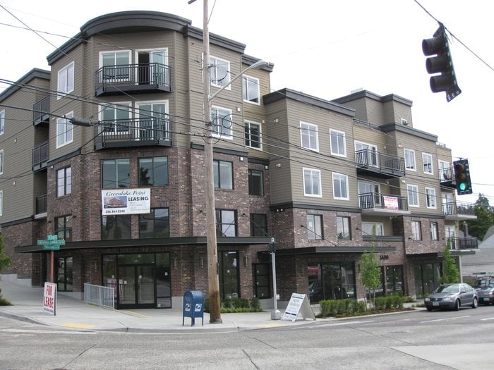 Greenlake Pointe Apartments