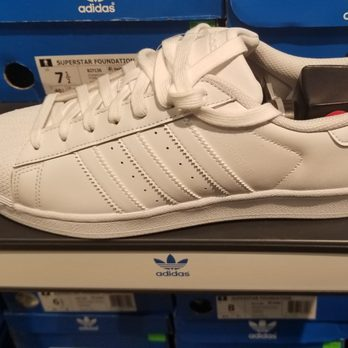 sports shoes e817f bcb03 adidas Outlet - 12 Photos & 10 Reviews - Sports Wear - 4973 ...