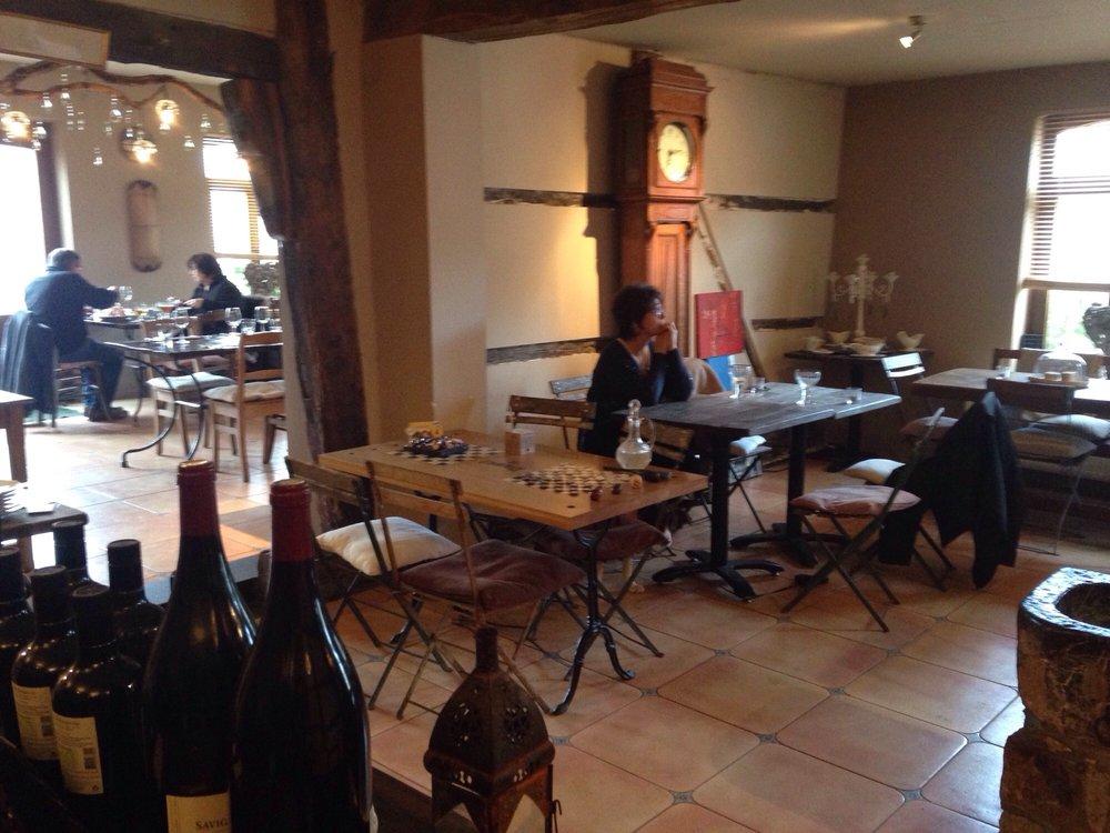 Au milieu de nulle part bistrot rue des dolmens 3 durbuy luxembourg restaurant avis - Restaurant rue des bains luxembourg ...