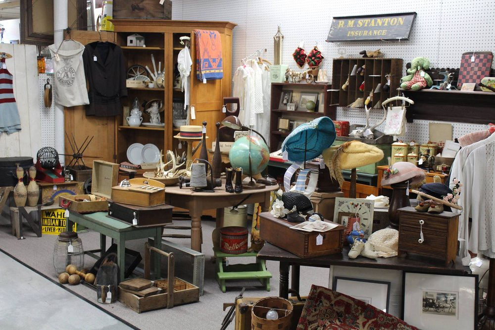 Mad Hatter Antique Mall: 61 Willow St, Adamstown, PA