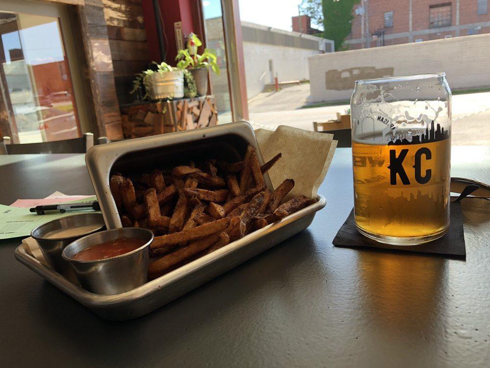 Brewer's Kitchen: 3107 Gillham Rd, Kansas City, MO