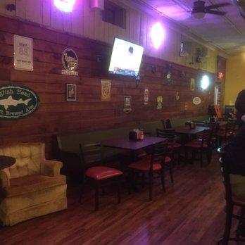 Growler Haus 12 Photos 12 Reviews Bars 101 N Main St