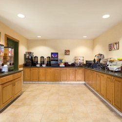 Ayres Hotel Barstow 51 s & 74 Reviews Hotels