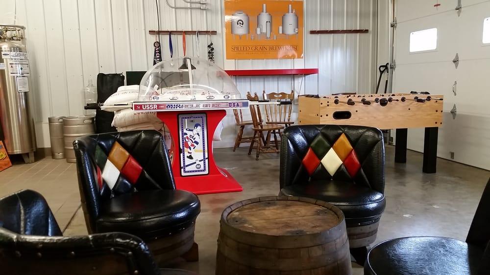 Spilled Grain Brewhouse: 300 Elm St E, Annandale, MN