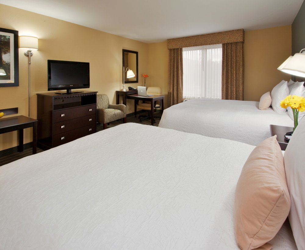 Hampton Inn & Suites Thousand Oaks, CA: 510 North Ventu Park Rd, Thousand Oaks, CA