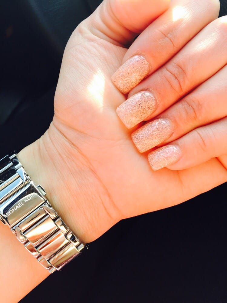 Best gel nails ever! Gel polish is a new one in the color PEACH ...