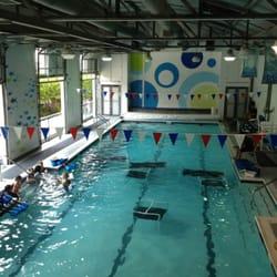 Saint street swim 25 reviews swimming lessons schools - Windsor village swimming pool houston tx ...