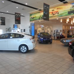 crown toyota of lawrence 18 photos 20 reviews car dealers 3430 iowa st lawrence ks. Black Bedroom Furniture Sets. Home Design Ideas